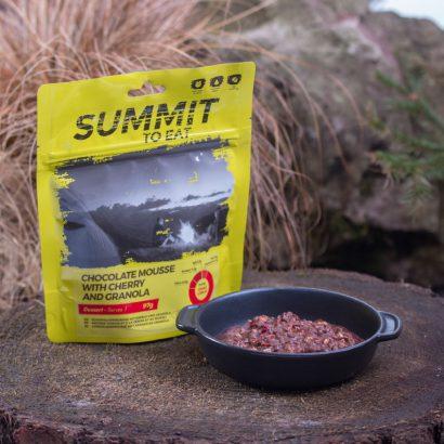 Summit to Eat Chocolademousse met Granola & Kers